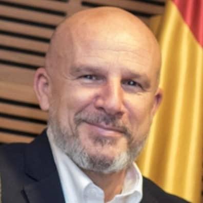 Isaac López